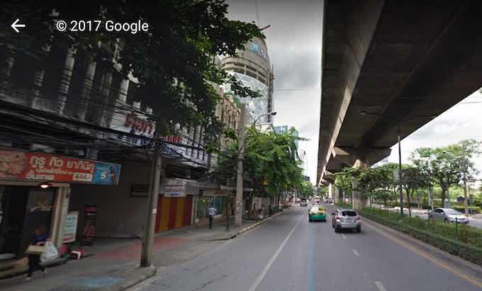 パホンヨーティン通りの写真